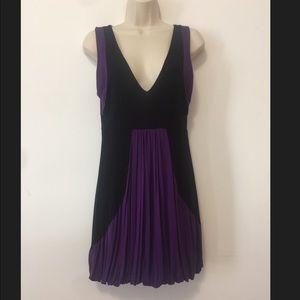 🌹3/$20 Forever 21 pleated bubble mini dress